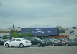 Seaway Mall front photo 2